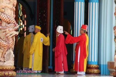 Cao Dai (4)