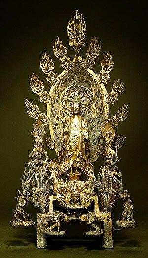 Altaar voor Boeddha Maitreya - China - 524