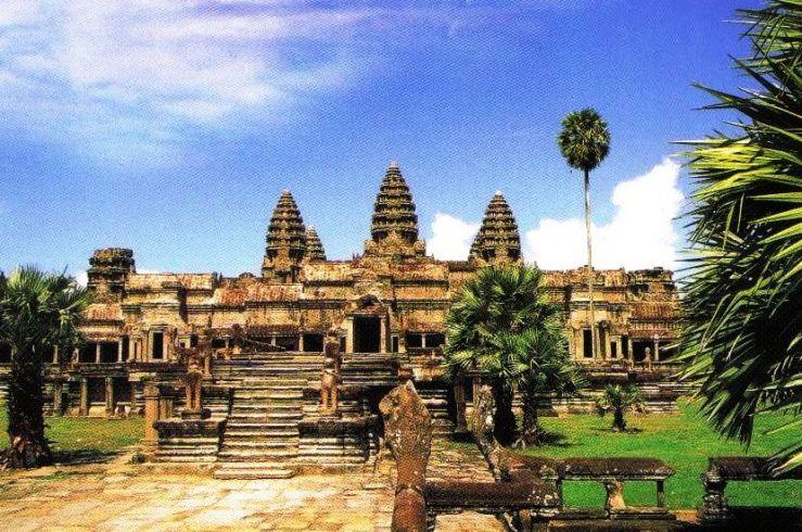 Angkor Wat 07