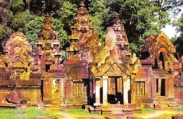 Banteay Srei 12