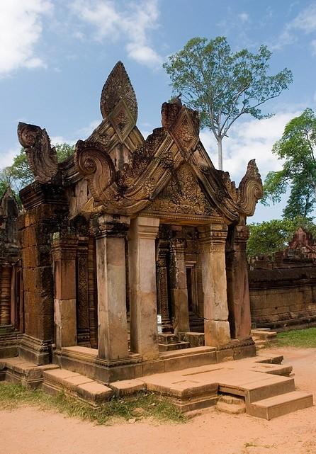 Banteay Srei 23