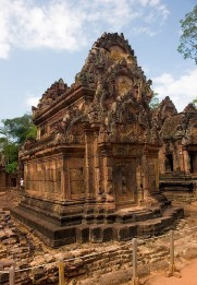 Banteay Srei 24