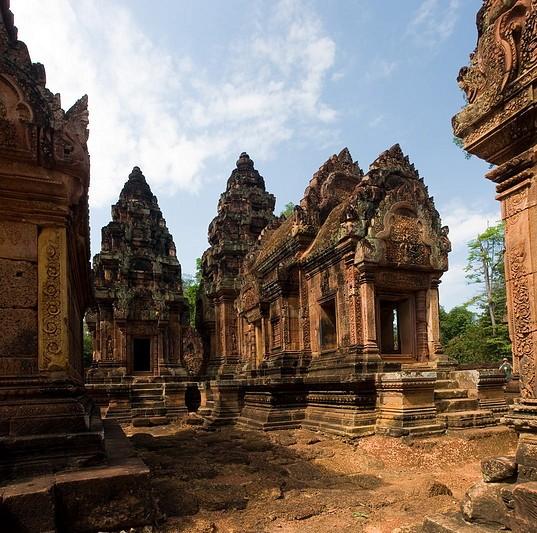 Banteay Srei 27