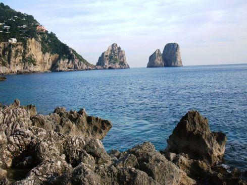 Capri 12