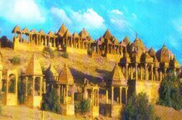 Cenotafen 04