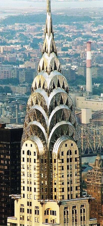 Chrysler Building 01