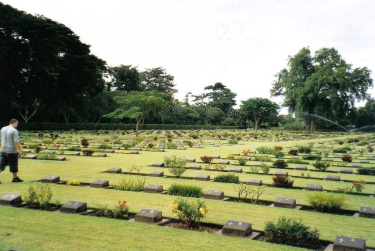 Chungkai-kerkhof 03