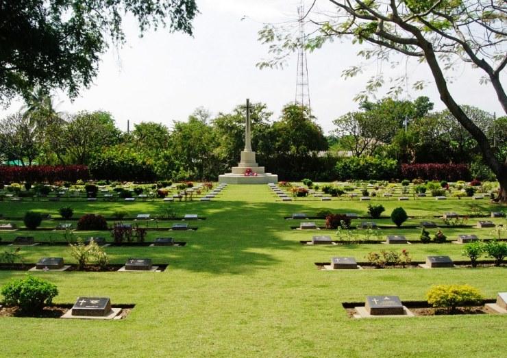 Chungkai-kerkhof 08