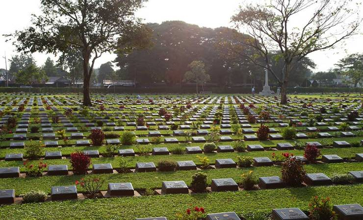 Chungkai-kerkhof 10