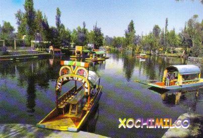 Drijvende tuinen van Xochimilco 01