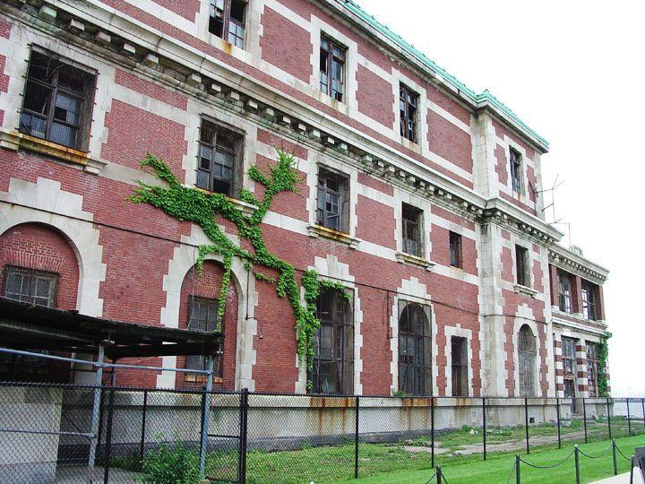 Ellis Island 06