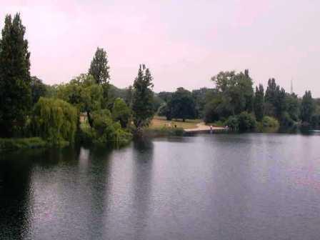Hyde Park 8