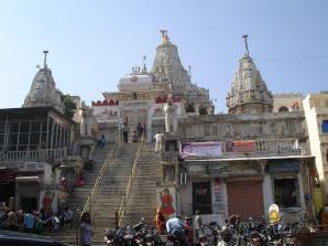 Jagdish-tempel 14