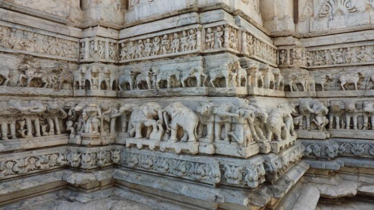 Jagdish-tempel 17