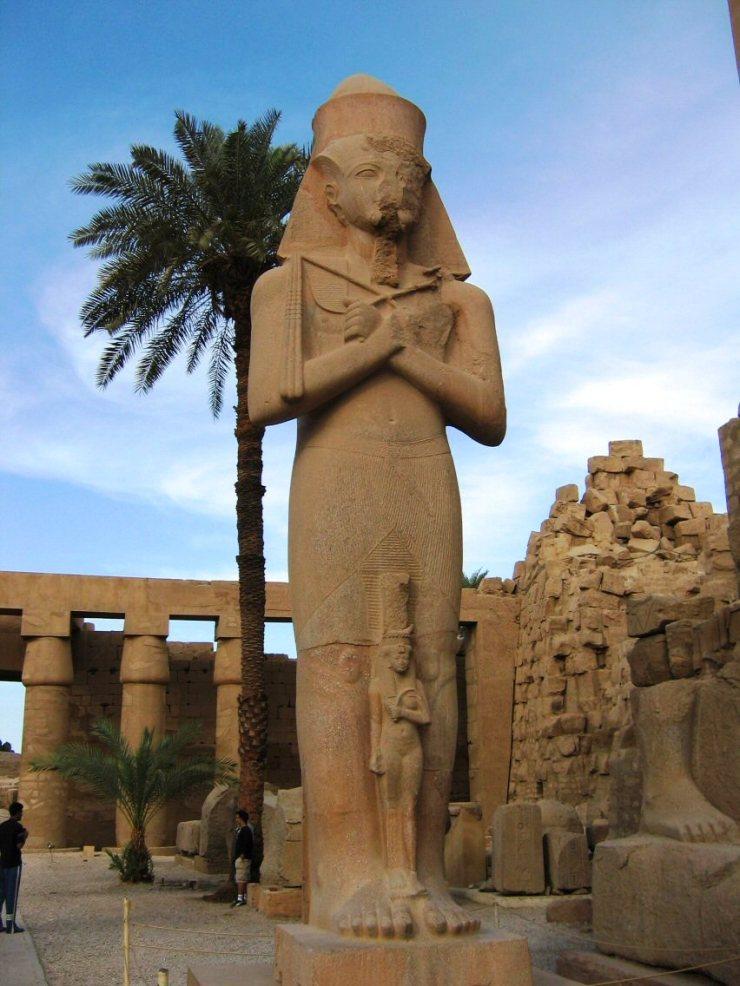 Karnak 25