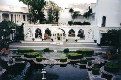 Lake Palace Hotel 05