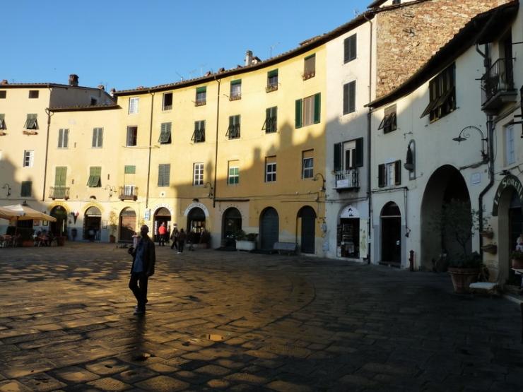 Lucca 06