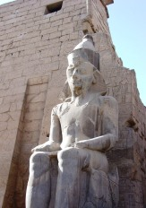 Luxor 04