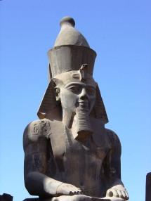 Luxor 05