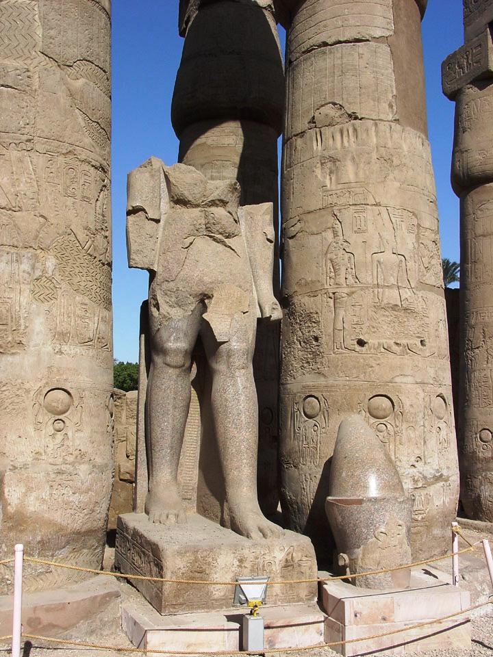Luxor 08