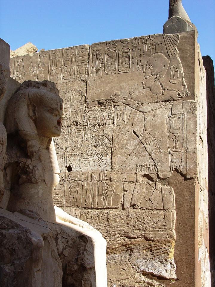 Luxor 10