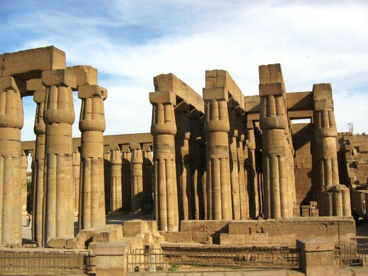 Luxor 12
