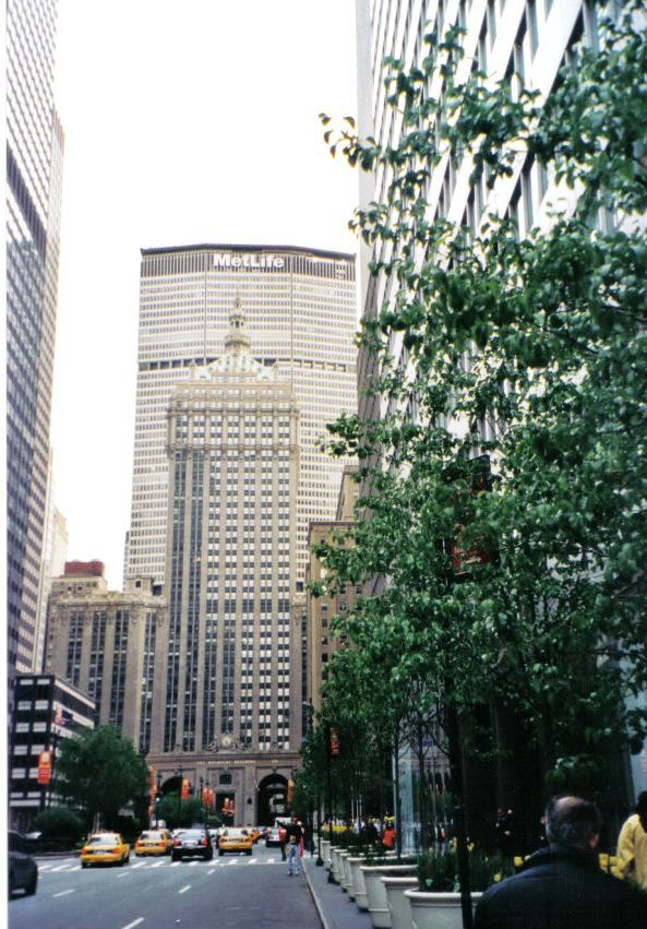 Metlife Building 01