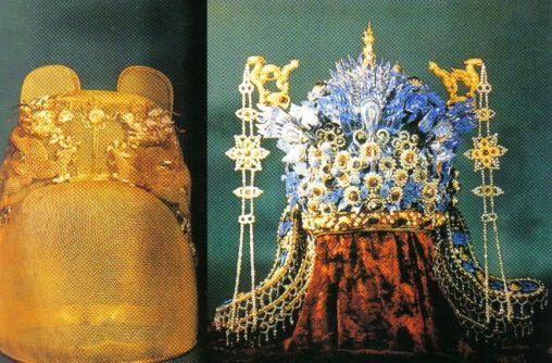 Minggraven 10 (gouden kroon en kroon van de feniks van keizer Yong Le)