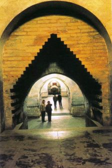 Minggraven 11 (Dingling, tombe van keizer Shen Zong)