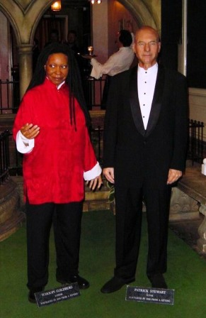 Mme Tussaud 29 (Whoopy Goldberg & Patrick Stewart)