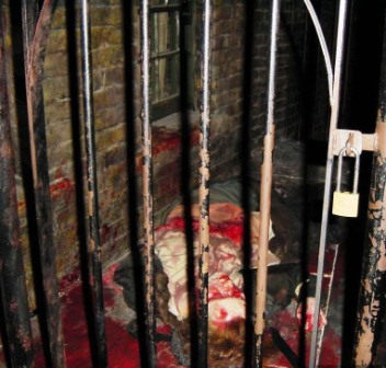 Mme Tussaud Chamber of horrors 14 (Jack the Ripper)