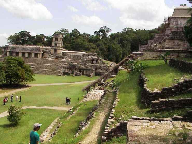Palenque 33