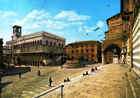 Perugia 04 (Piazza IV Novembre)