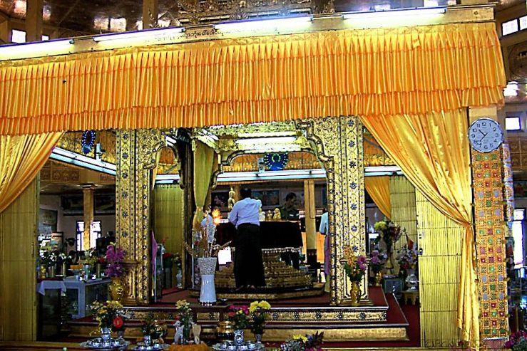 Phaung Daw U Kyaung (3)