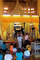Phaung Daw U Kyaung (5)