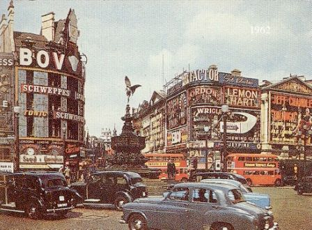 Piccadilly Circus 14