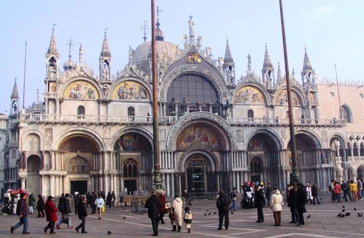 San Marcobasiliek 02
