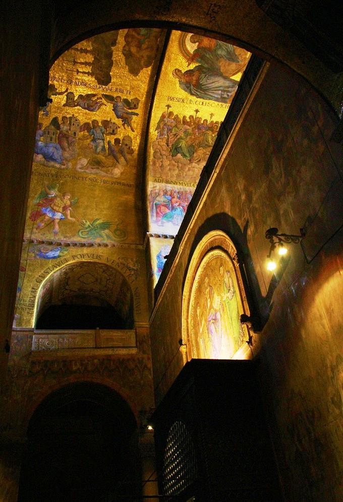 San Marcobasiliek 14