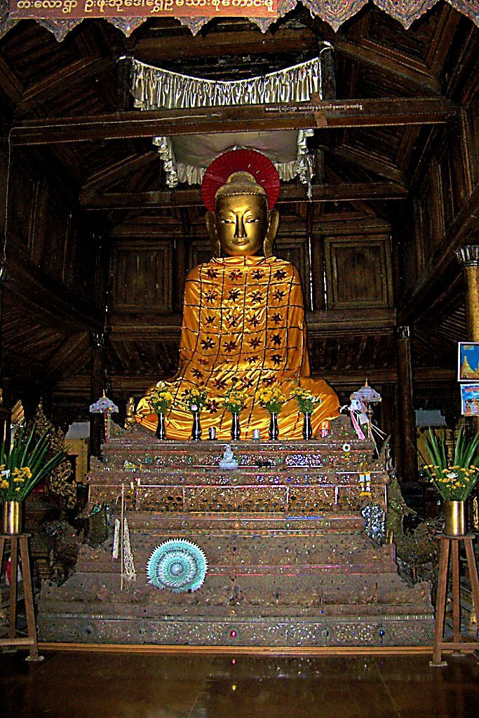 Shwe Yaungwhe Kyaung (7)
