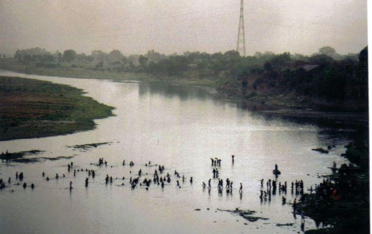 Taj Mahal 29 (rivier)