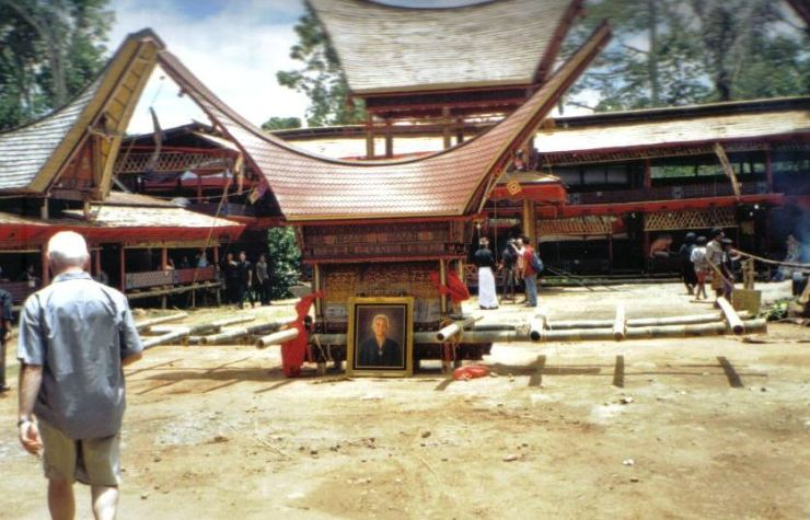 Tana Toraja 27 (begrafenisceremonie)