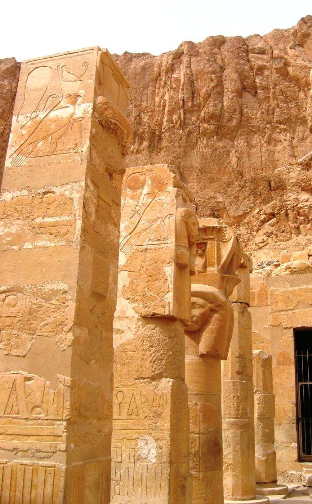 Tempel van Hatsjepsoet 21