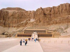 Tempel van Hatsjepsoet 24