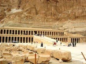 Tempel van Hatsjepsoet 25