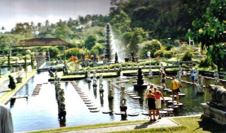 Tirtagangga 01 (waterpaleis)