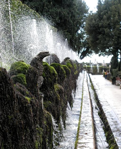 Tivoli 05 (Villa d'Este - Laan der 100 fonteinen)