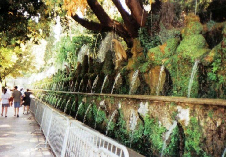 Tivoli 06 (Villa d'Este - Laan der 100 fonteinen)