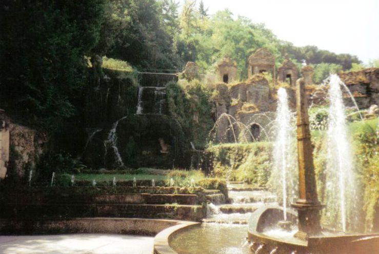 Tivoli 07 (Villa d'Este - Fontein van klein Rome)