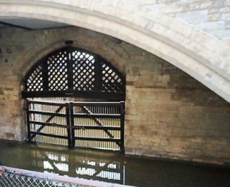 Tower of London 24 (Traitor's gate)