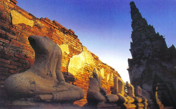 Wat Chai Watthanaram 03